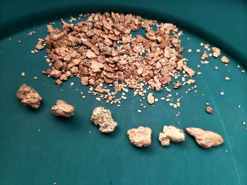 Granite Gold_01