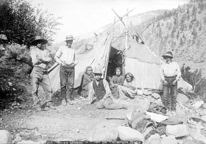 Indian miners in camp on Thompson River(1888)2