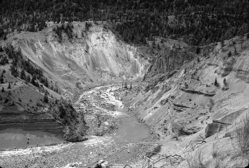 Horshoe Bend, Bridge River_1961_01A