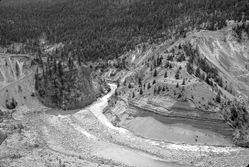 Horshoe Bend, Bridge River_1961_02A